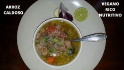 Recets vegana arroz caldoso con lentejas